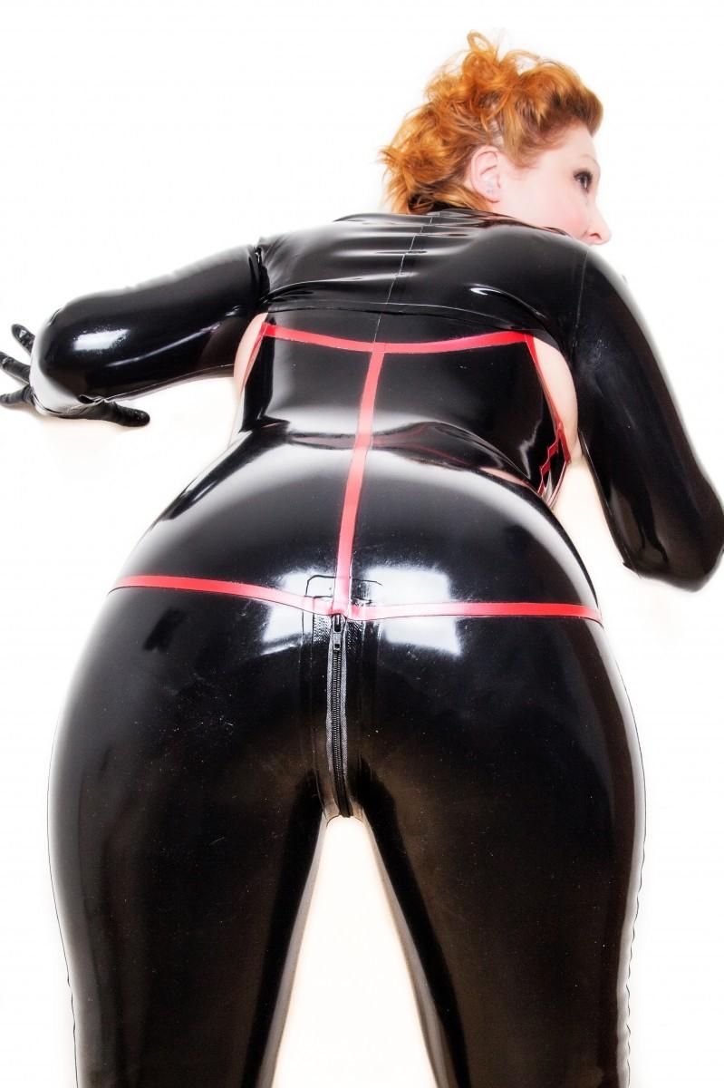 paddington mistress photos  madam helle  london dominatrix